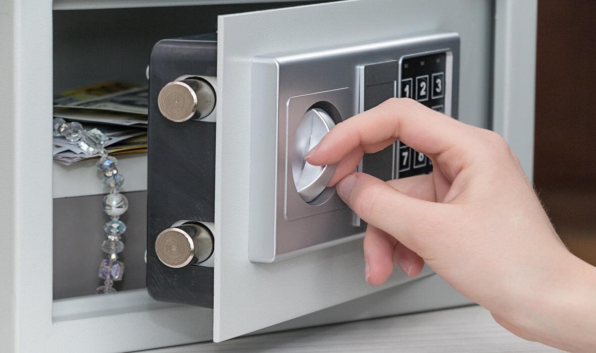 Safes Chislehurst- Accessing Your Locked Safe-A&E Locksmiths